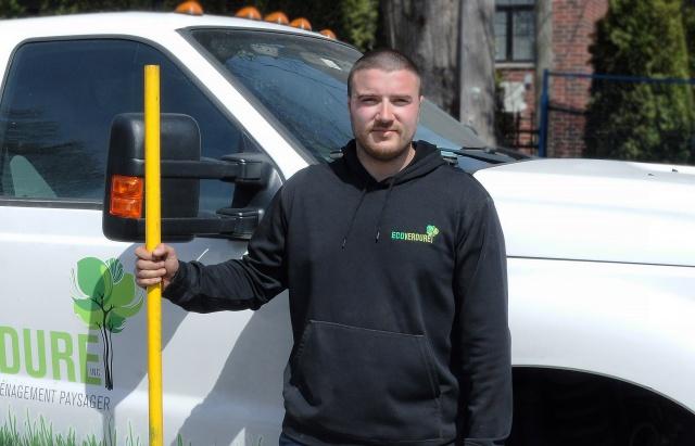 Olivier Juneau - specialised Worker - Landscaping